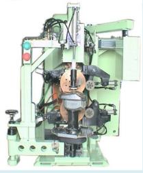 机车油箱仿效式轮焊机